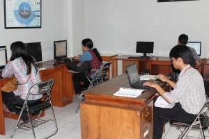 Fasilitas Komputer untuk Mahasiswa di Jurusan TIP