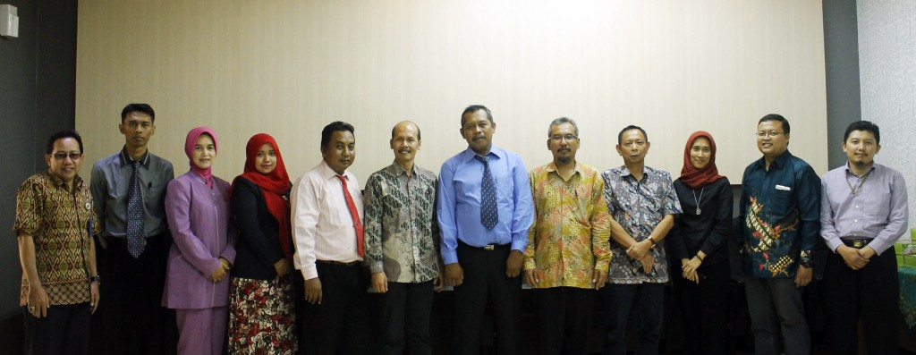 Foto Bersama jajaran pimpinan FTP dan SMKN 5 Bojonegoro